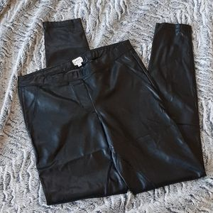 Wilfred Black Faux Leather Leggings Size Medium